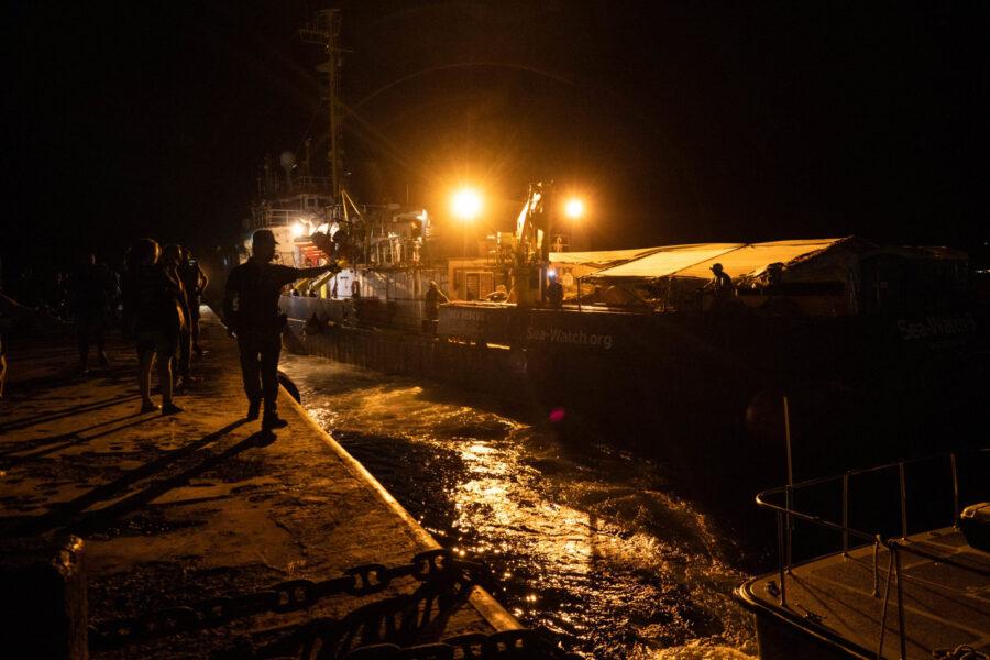 01 Sea Watch 3 Arriving Lampedusa Standoff Carola Rackete Mediterranean Selene Magnolia