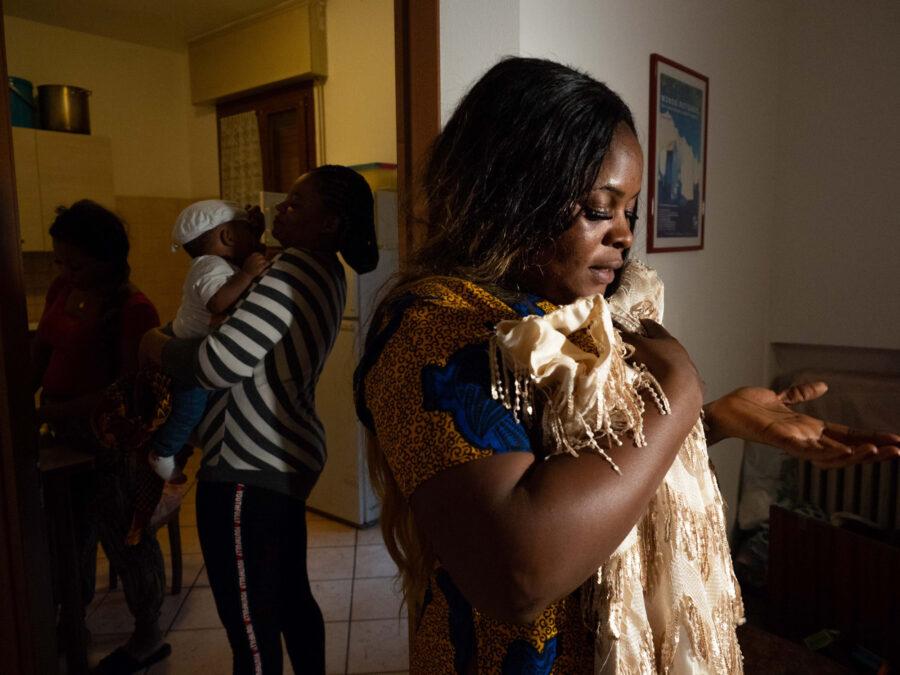 10 Resilienza Centro Donna Giustizia Nigerian Women Migration Representation Selene Magnolia